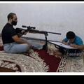 Quand une marocaine aide ses au devoir