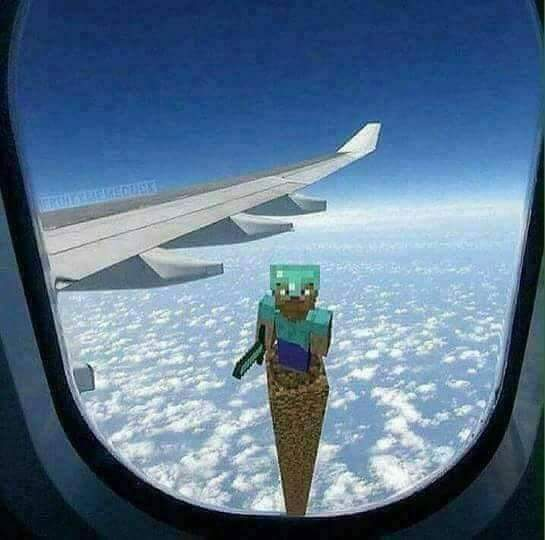 Fui viajar e quando olhei pela janela eu vi isso... - meme