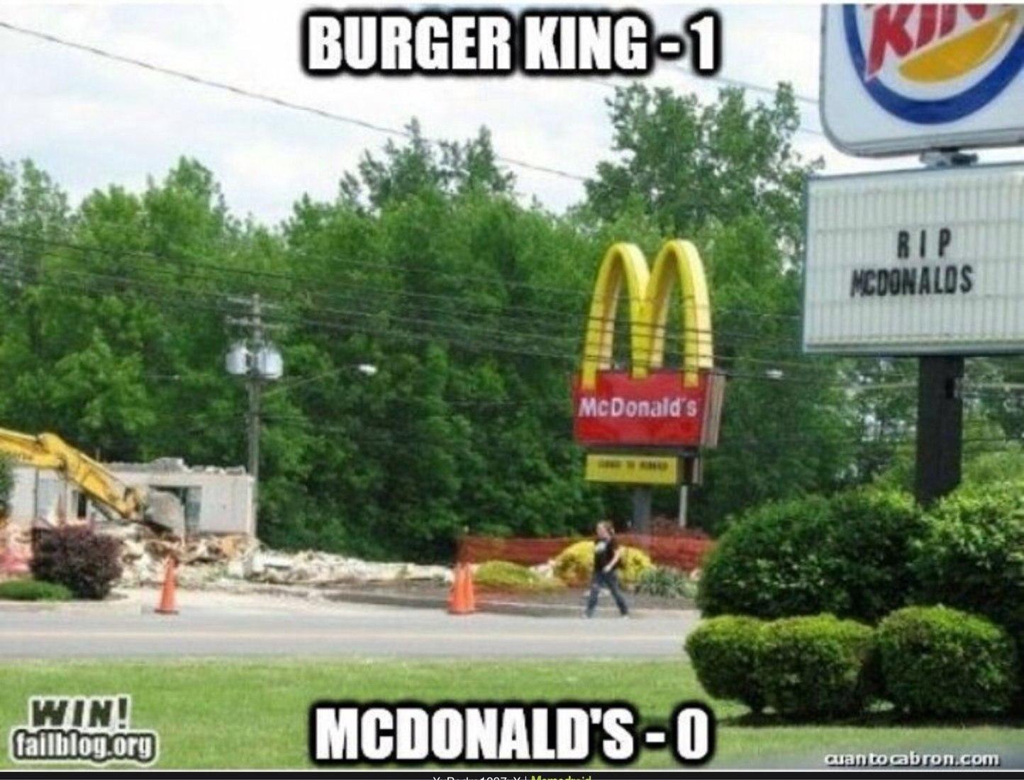 1 round Burger King - meme