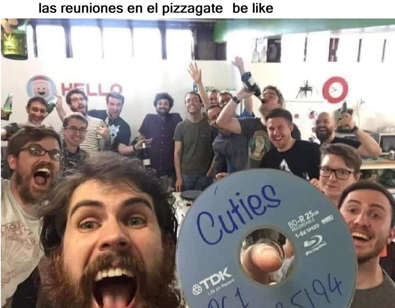 POV, reunion de fans de the loud house (so gente el pizzagate fue hace meses) - meme