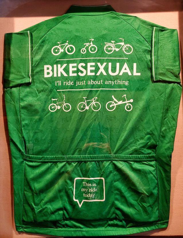 I'm Bikesexual - meme