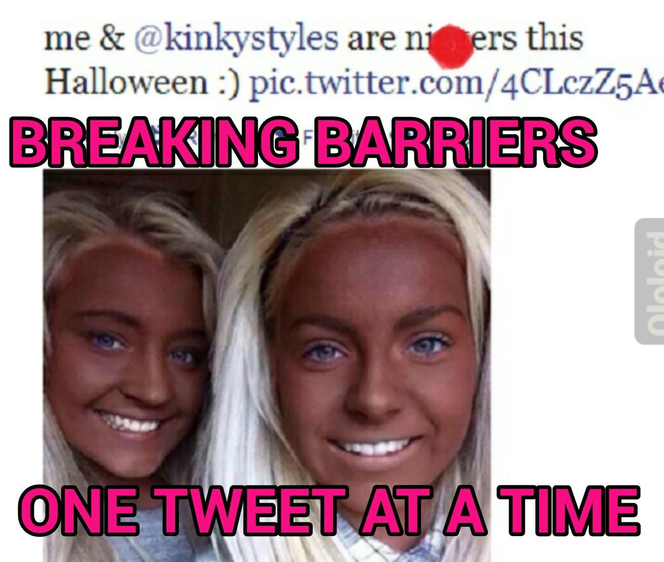 Teenage blonde italian twats