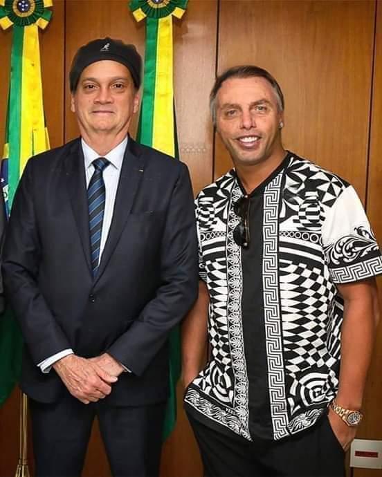Rolonaro & Boldinho - meme