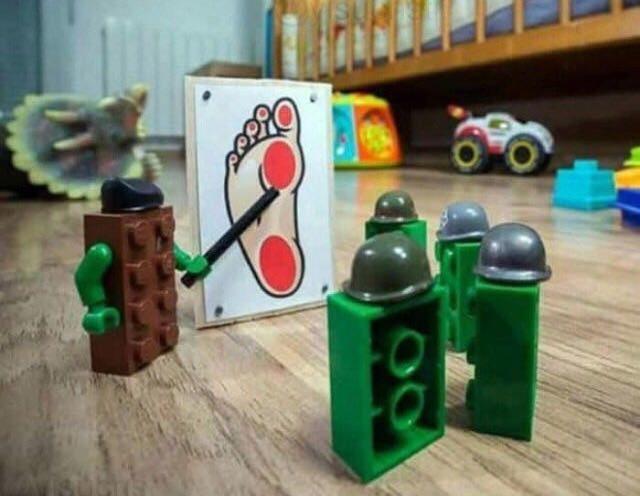 La batalla de los Lego - meme