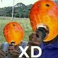 Aquí con el mango maracaton comiendo primo luka