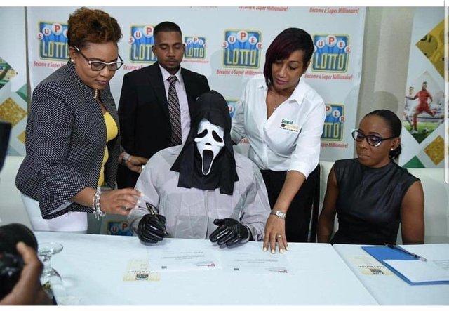 Jamaican Super Lotto winner taking no chances - meme