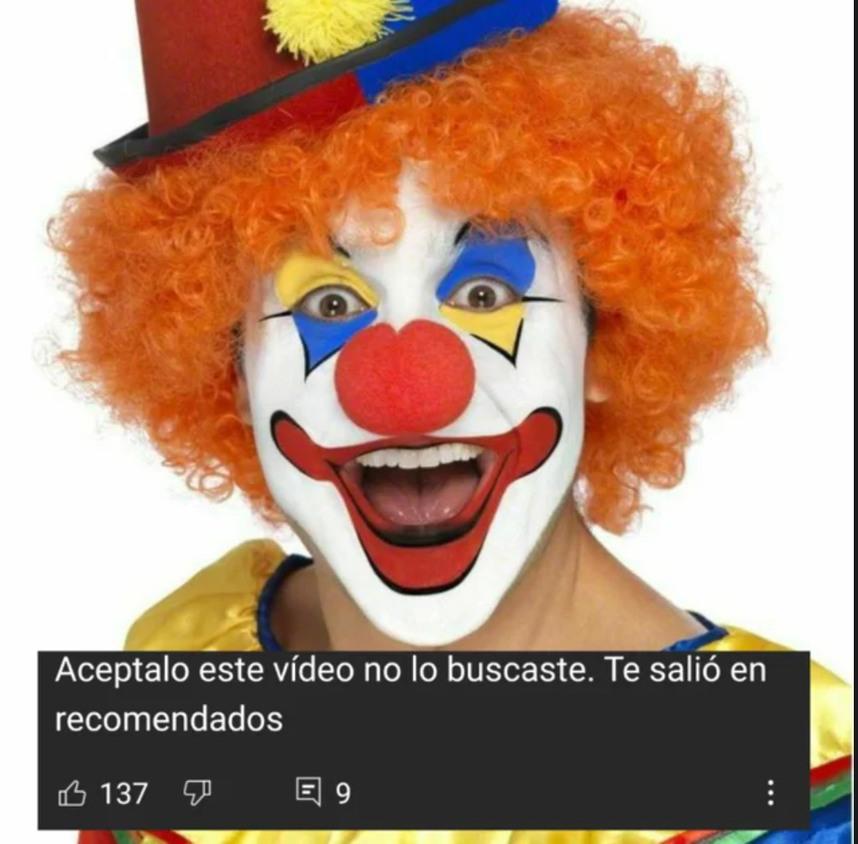 Carlos5038 se pajea con lion - meme