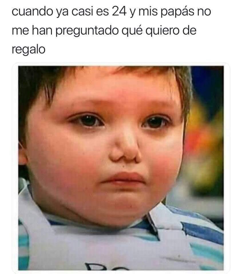Que triste - meme