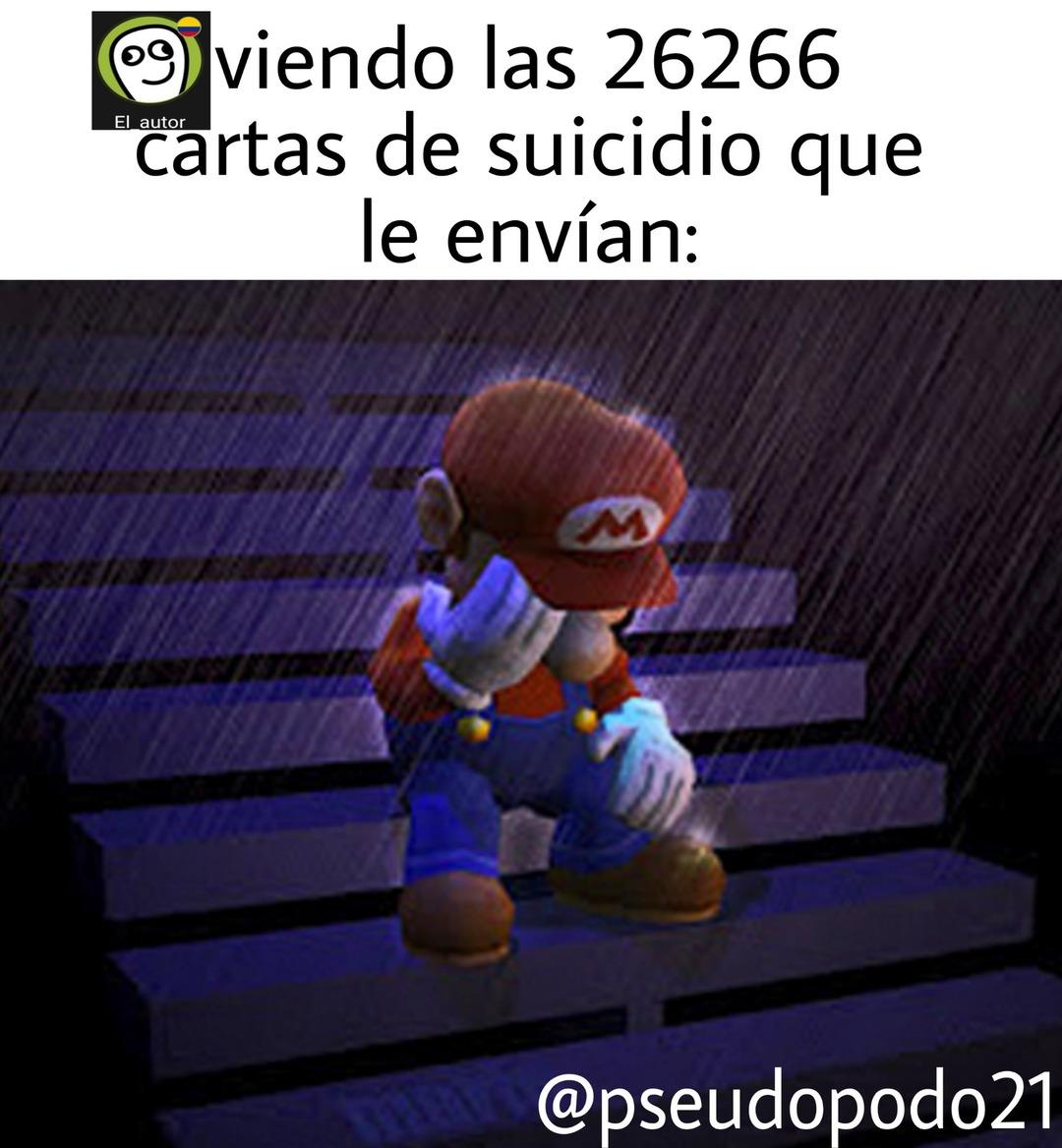 El_autor viendo las 99999999 cartas de suicidio que le envían: - meme
