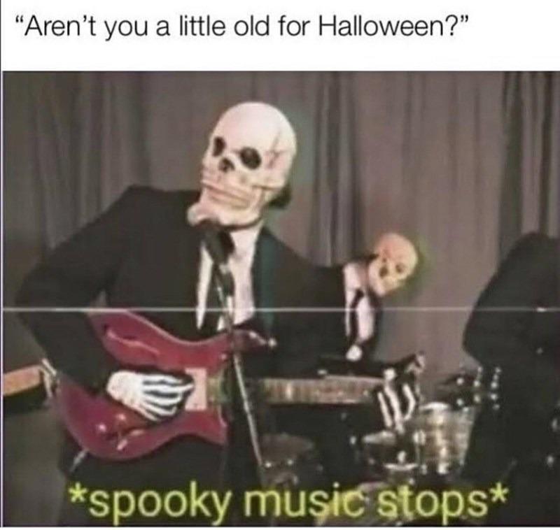 Spooky season - meme
