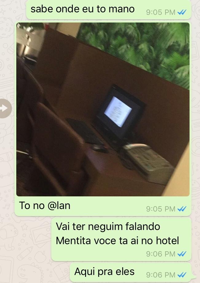 TUDO MENTIRA - meme