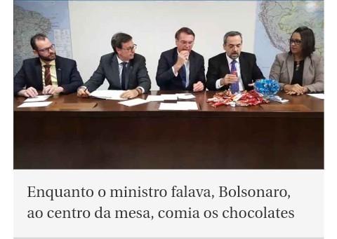 Bolsonaro gordo pra krl - meme
