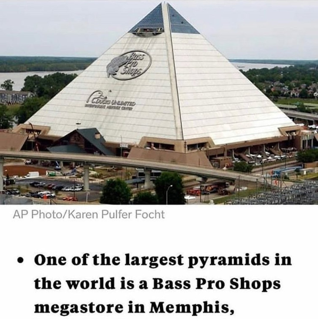 Giza is merely an ancient K-mart - meme