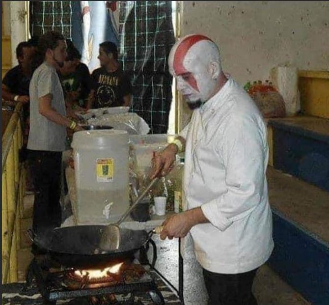 Kratos humilde - meme